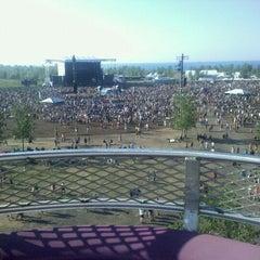 Photo taken at Dave Matthews Band Caravan At Lakeside by Madeline R. on 7/10/2011