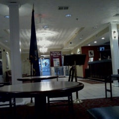 Photo taken at Comfort Suites Scranton Hotel Moosic by Scott L. on 9/29/2011