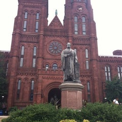 Photo taken at Smithsonian Institution Building (The Castle) by Diego S. on 8/8/2012