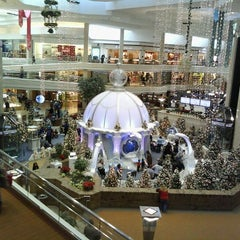Photo taken at Woodfield Mall by VNessa H. on 12/2/2011