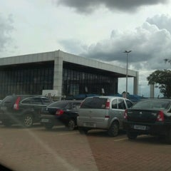 Photo taken at Juizados Especiais de Brasília - TJDFT by André L. on 1/27/2012