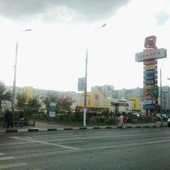 Photo taken at ТРЦ «Золотой Вавилон» by Михаил М. on 9/19/2011
