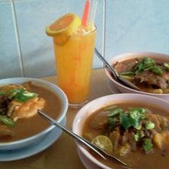 Photo taken at Mee Rebus Tapah by Norfarhana [. on 1/12/2012