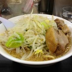 Photo taken at らーめん ぎょうてん屋 町田店 by dd101murasame む. on 3/26/2012
