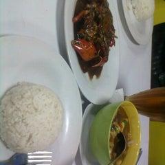 Photo taken at DADU Seafood by C K. on 7/15/2012