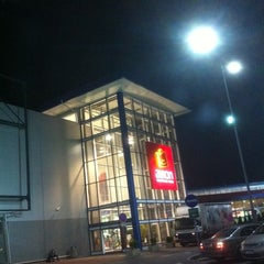 Photo taken at Avion Shopping Park by Jameson on 10/3/2011