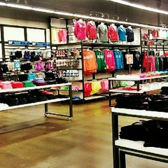 Photo taken at Old Navy by Miguel Angel V. on 8/16/2012
