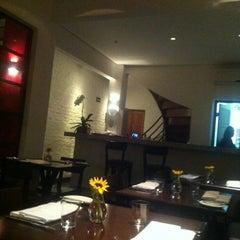 Photo taken at ORYZA Restaurante by Renata B. on 5/23/2012