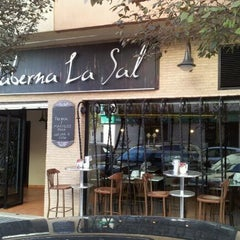 Photo taken at Freidor Taberna La Sal by Jaime M. on 10/26/2011