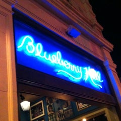Photo taken at Blueberry Hill by Dani R. on 8/17/2011