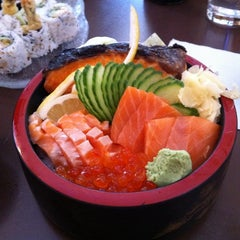 Photo taken at Itto Sushi by Kenny on 5/18/2011
