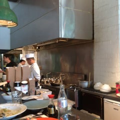 Photo taken at Giraffe Asian Food (ג'ירף) by Zohar U. on 4/28/2012