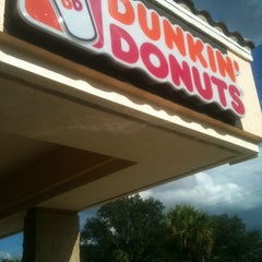 Photo taken at Dunkin' Donuts by Goldie on 9/11/2012