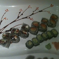 Photo taken at Red Ginger Sushi & Hibachi by Lori S. on 7/13/2012