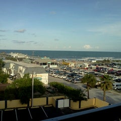Photo taken at Best Western Cocoa Beach Hotel & Suites by Ivan Dario C. on 6/17/2012