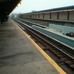 Photo taken at MTA Subway - Saratoga Ave (3) by Gary L. on 5/25/2012