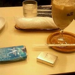 Photo taken at Cafeルノアール ヨドバシAkiba横店 by Shinji Y. on 2/23/2012