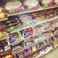 Photo taken at 7-Eleven by Hasani H. on 6/11/2012