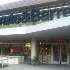 Photo taken at Crate & Barrel by Ian Michael R. on 6/12/2012