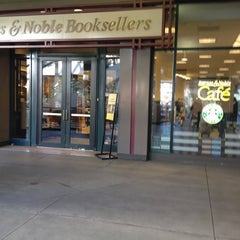Photo taken at Barnes & Noble by Jeannie🍻 on 3/4/2012