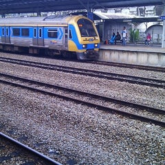 Photo taken at KTM Line - Sungai Buloh Station (KA08) by Ng Cheow Kwang on 8/16/2012