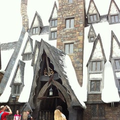 Photo taken at The Three Broomsticks by Shay T. on 4/14/2012
