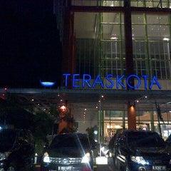 Photo taken at Teraskota by Trisye W. on 9/13/2012