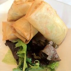 Photo taken at Hakkasan Contemporary Chinese Cuisine by Karen L. on 8/6/2012