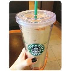Photo taken at Starbucks (สตาร์บัคส์) by 💗Cherry on 3/5/2012