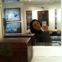 Photo taken at Nicholas Roerich Museum by Yulia I. on 2/14/2012