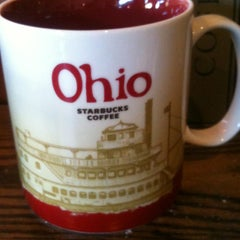 Photo taken at Starbucks by Francesca A. on 4/1/2012