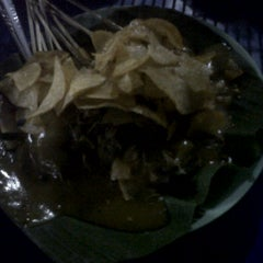 Photo taken at RM. Mande Kanduang by Aris R. on 2/19/2012