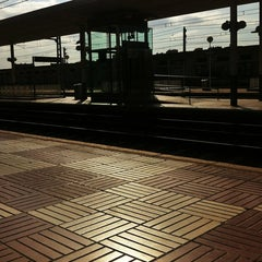 Photo taken at RENFE Reus by Fidel G. on 7/15/2012