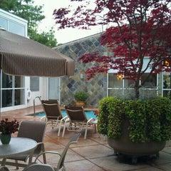 Foto tirada no(a) Corporate Inn Sunnyvale por yasumasa 3. em 4/10/2012