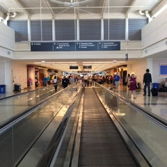 Photo taken at Chicago Midway International Airport (MDW) by Myrcka on 6/27/2012