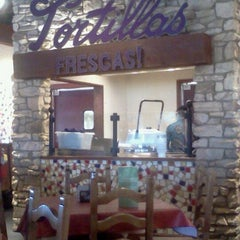 Photo taken at On The Border Mexican Grill & Cantina by Terran T. on 3/13/2012