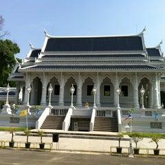 Photo taken at วัดแก้วโกรวาราม (Wat Kaew Korawaram) by Nutto A. on 3/17/2012