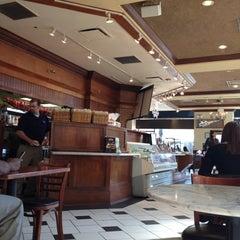 Photo taken at Corner Bakery Cafe by Alejandra Z. on 4/2/2012