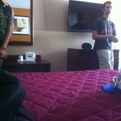 Photo taken at Travelodge Lakeland by Justin W. on 4/13/2012