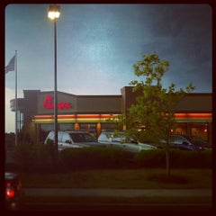 Photo taken at Chick-fil-A by Myke M. on 7/26/2012