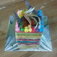 Photo taken at Mawar Sari  Bakery n Cake by Putri S. on 7/25/2012