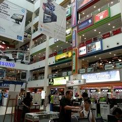 Photo taken at Funan DigitaLife Mall by lalala on 6/24/2012