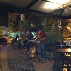 Photo taken at Carreta & Paja by Nini on 8/5/2012