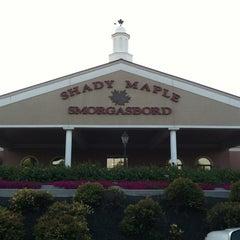 Photo taken at Shady Maple Smorgasbord by Kayla! on 8/18/2012