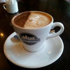 Photo taken at Manhattan Coffee House by Sarah H. on 6/17/2012