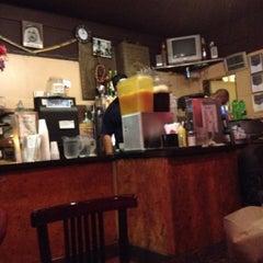 Photo taken at Mamoun's Falafel Restaurant by Kalyan V. on 8/15/2012