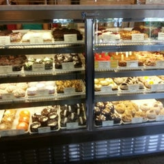 Photo taken at Crumbs Bake Shop by Neil V. on 9/11/2012
