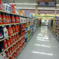 Photo taken at Piggly Wiggly by Rock S. on 2/24/2012