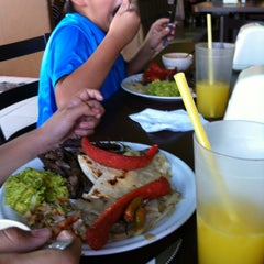 Photo taken at La Arrachera by miguel f. on 6/17/2012