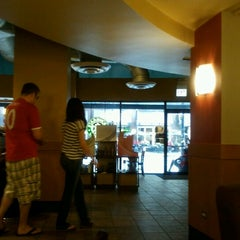 Photo taken at Starbucks by Gardenia H. on 8/4/2012